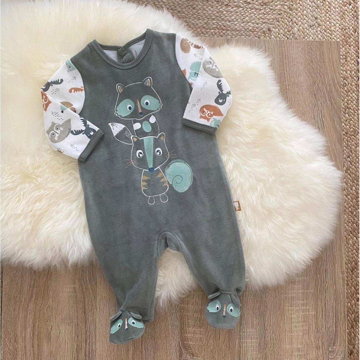 Pyjama bébé en velours contenant du coton bio Noisette photo insta
