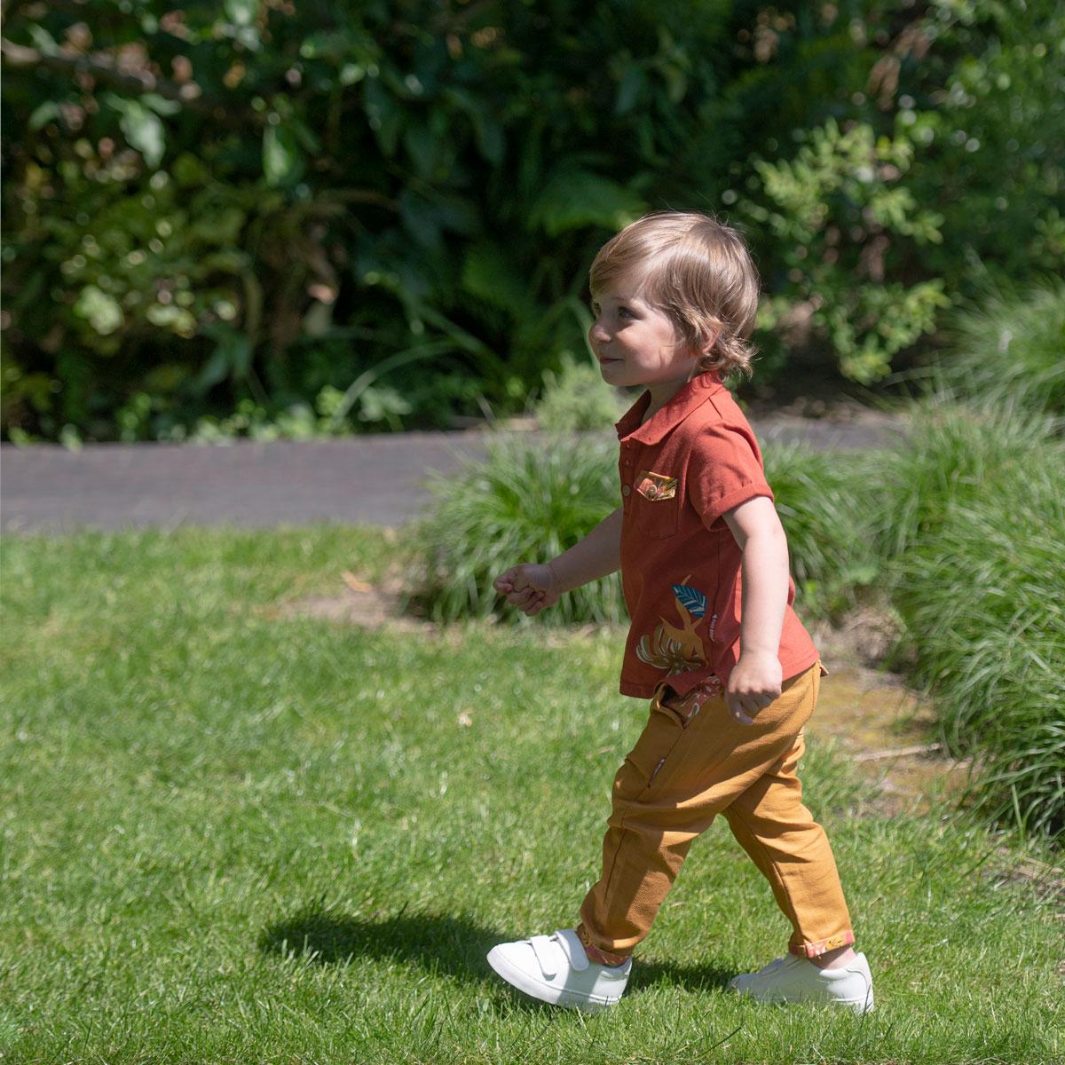 Pantalon garçon Massai porté